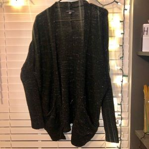 Black speckled light-weight AE cardigan!
